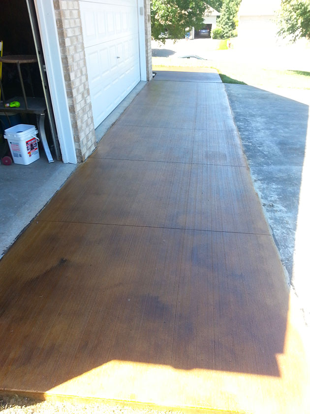 Stained Concrete Sidewalk & Steps